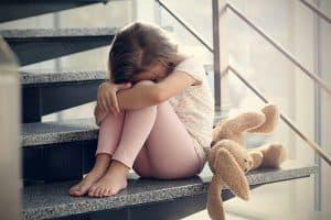 A gyerekkori fájdalmak feldolgozása